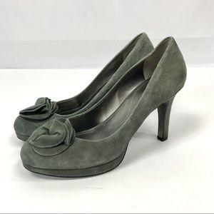 Tahari suede leather flower toe platform heels